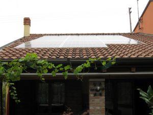 pannelli fotovoltaici linea tetto invisibili